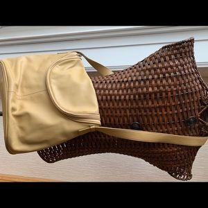 Maxx Handbag Purse